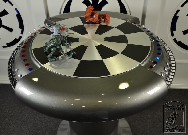 chesstable02.jpg