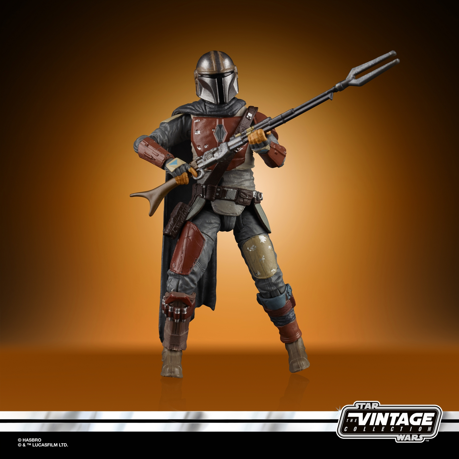 STAR%20WARS%20THE%20VINTAGE%20COLLECTION%203.75-INCH%20THE%20MANDALORIAN%20Figure%20-%20oop(2).jpg